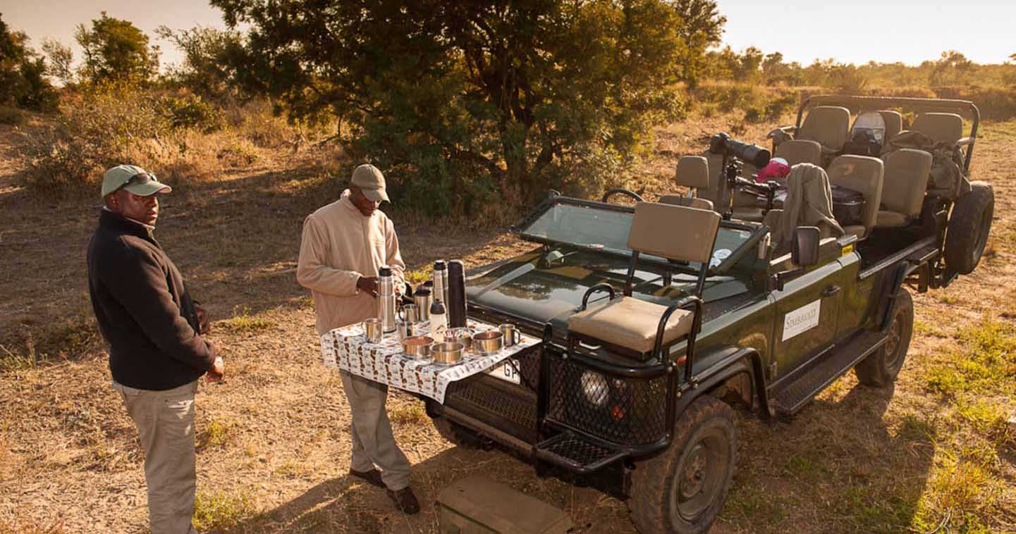 Enjoy a safari game drive with Simbavati River Lodge in Timbavati Game Reserve