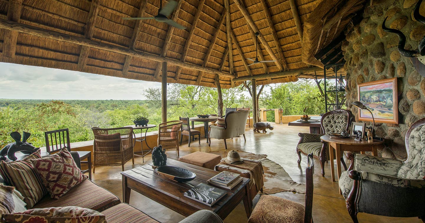 Luxury relactation in Geigers Camp in the Timbavati
