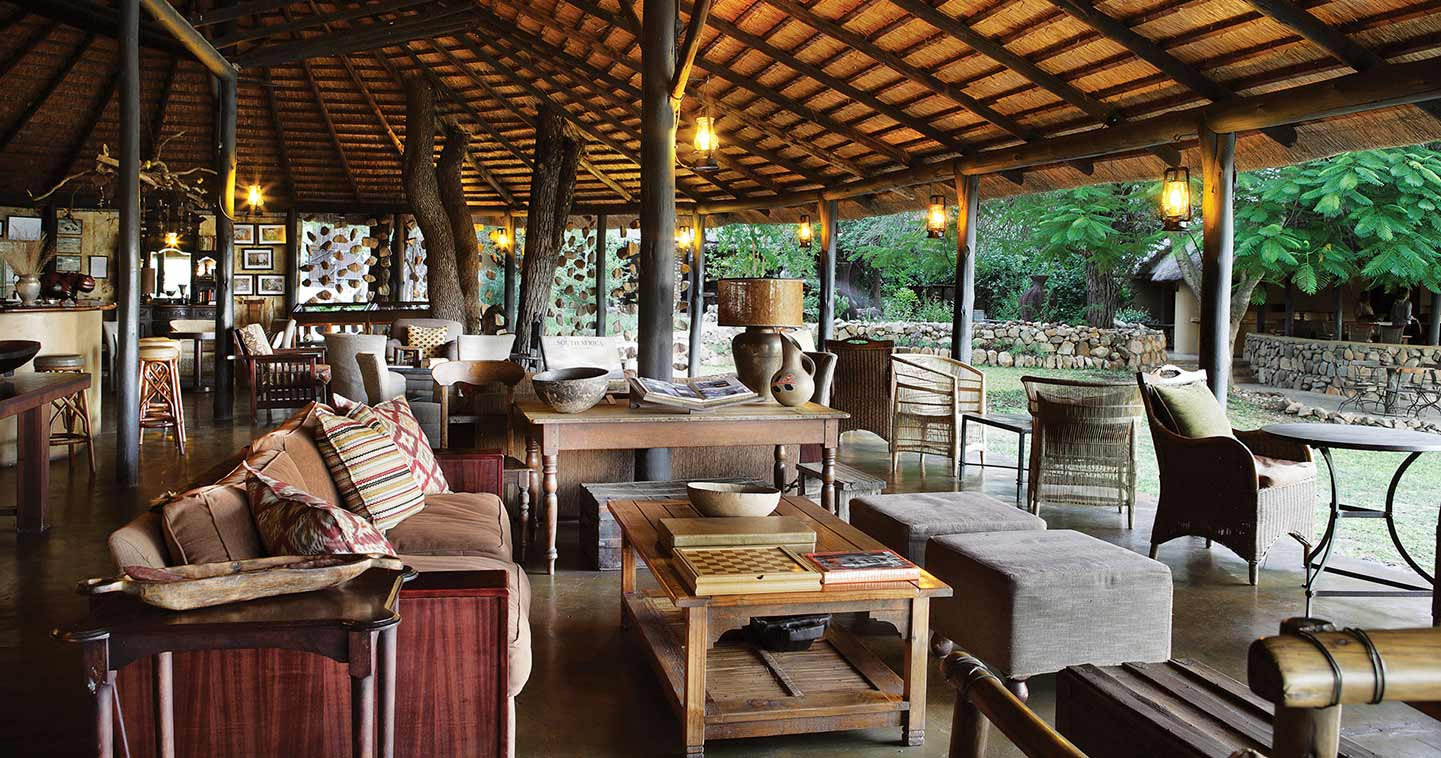 The lounge at Motswari Game Lodge near in Timbavati Private Game Reserve